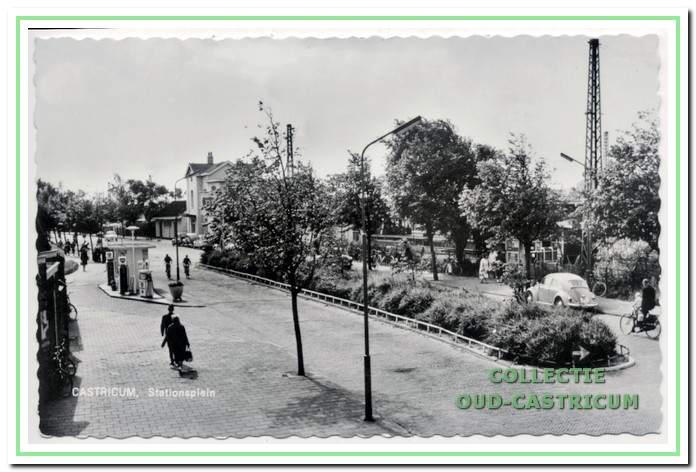 Het station en stationsplein.