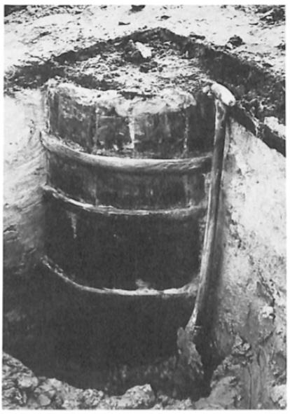 Nader onderzoek toonde aan dat het een halve ton was met drie houten hoepels.
