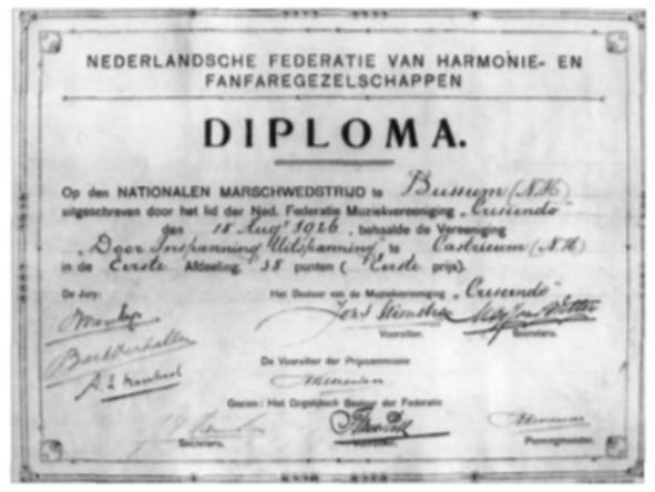 Diploma voor het behalen van de eerste prijs in de eerste afdeling van de marswedstrijd te Bussum in 1926.