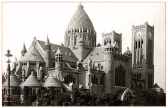 Jan Stuyt was zeer betrokken bij de bouw van de Sint-Bavo in Haarlem en groeide uit tot tweede bouwmeester. Voor het eerst werd gebroken met de neo-gotische bouwstijl.