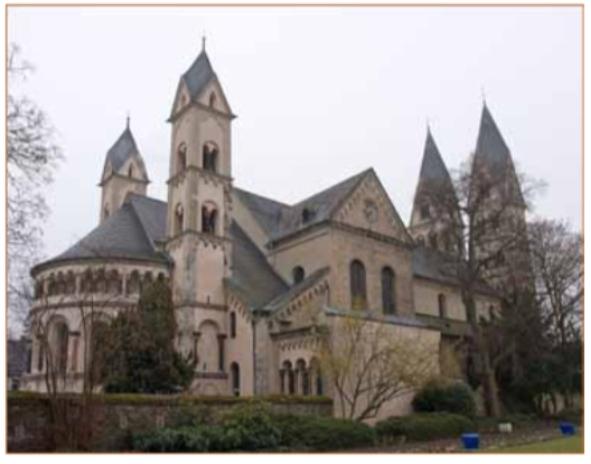 De basiliek Sankt Castor te Koblenz.