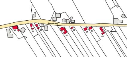 De huizen die worden beschreven, liggen aan de zuidzijde van de Breedeweg.