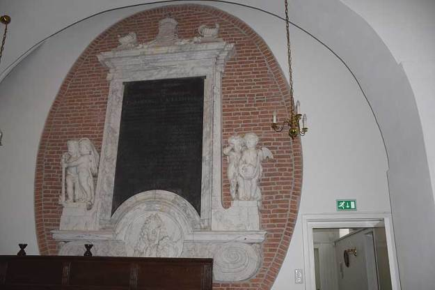 Grafmonument Diederick van Veldhuysen