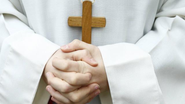 En Suède, l'Église a décidé de ne plus parler de Dieu comme s'il était un homme et applique désormais un pronom personnel neutre pour le désigner.