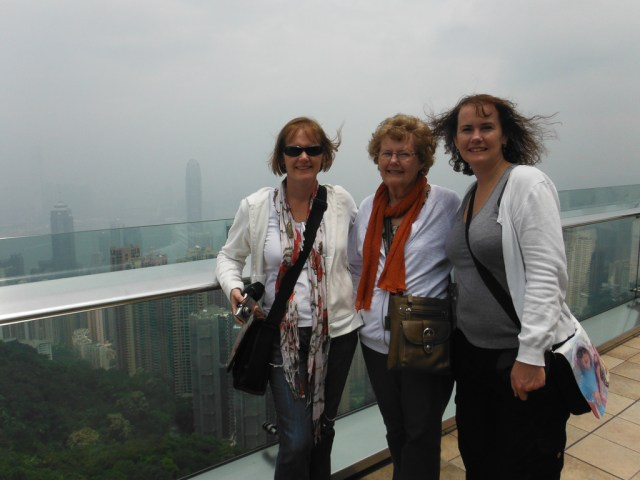 The 3 amigos! At the Peak Lookout