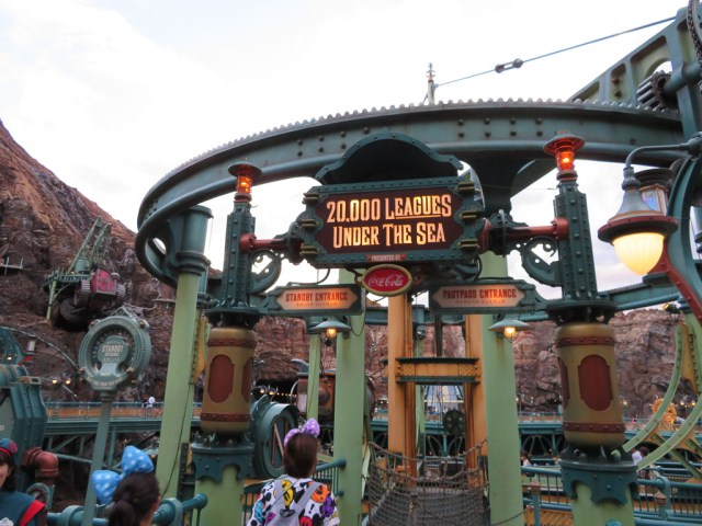 tokyo theme parks