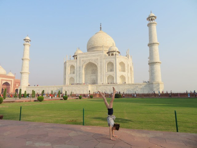 Side perspective of the Taj Mahal