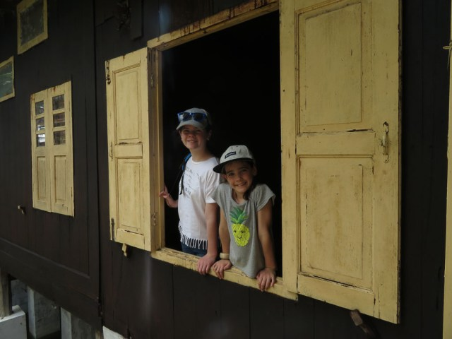 things to do in Inle Lake with kids