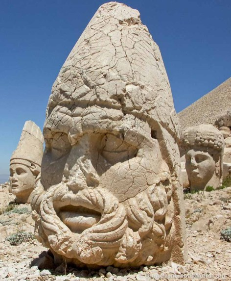 Stone heads on Mount Nemrut - Turkey.