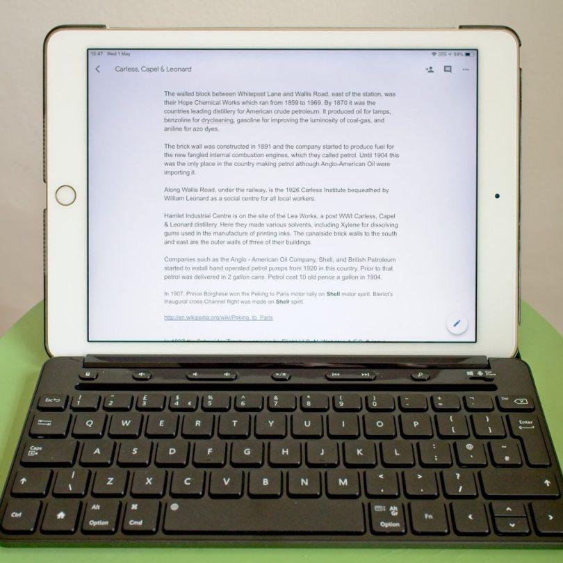 IPad with bluetooth keyboard