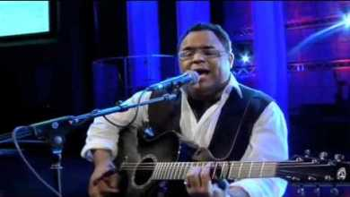 Photo of Israel Houghton – Friend Of God