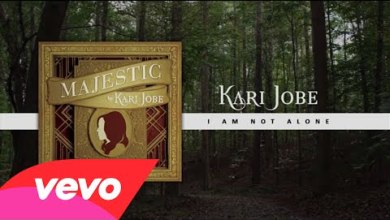 Photo of Kari Jobe – I Am Not Alone