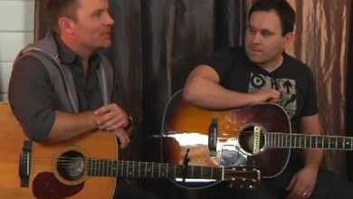 Photo of Chris Tomlin // Our God // New Song Cafe