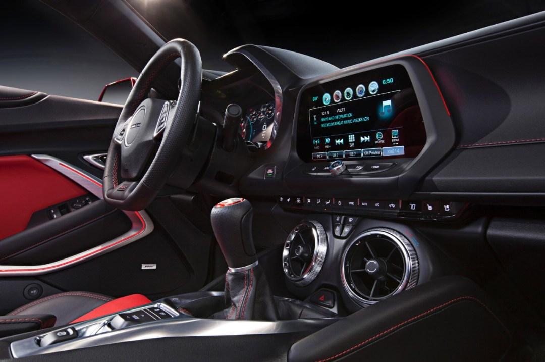2016-Camaro-instrument-panel