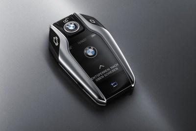 2016-BMW-7-keyfob