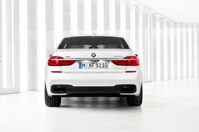 2016-BMW-7-rear-MPack