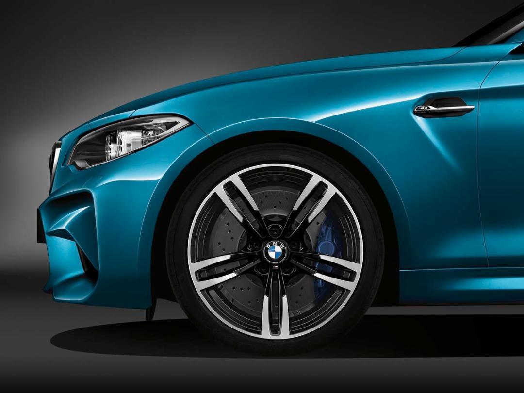 BMW_M2_fender