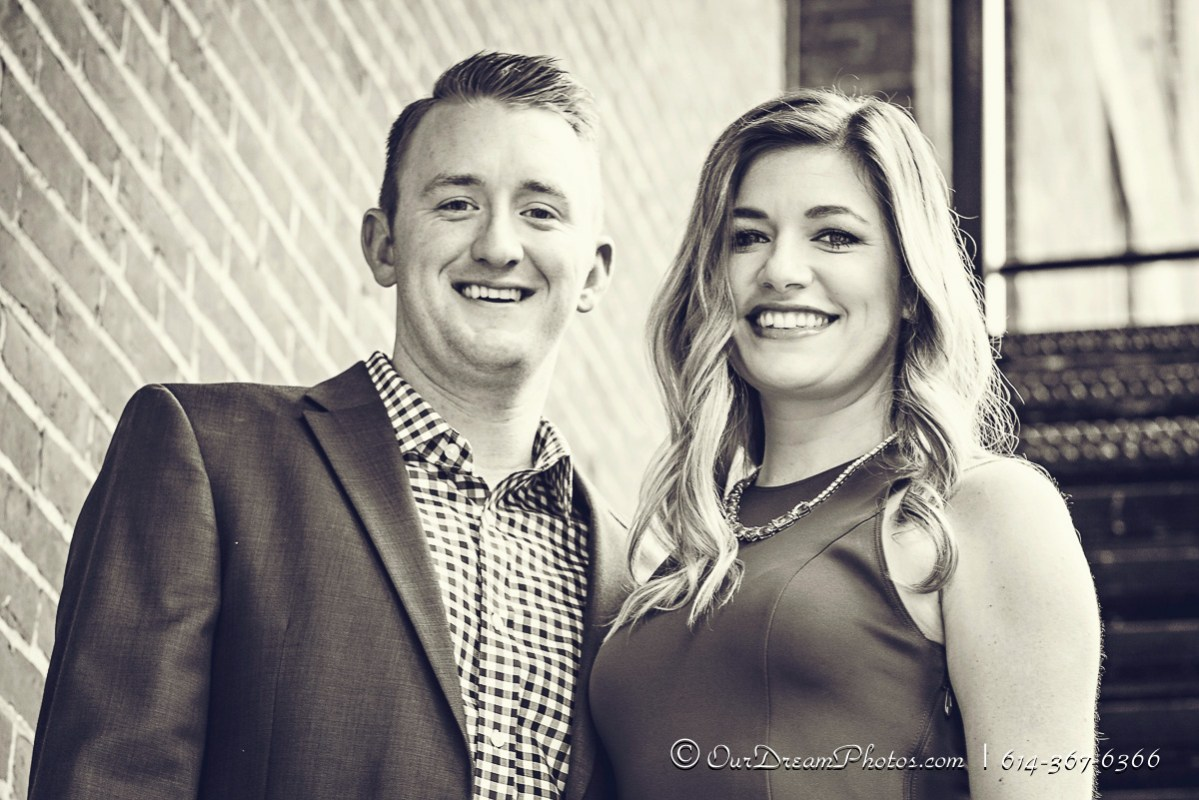 Engagement session with Ashley Jett & Kyle Compton photographed Wednesday, November 4, 2015 in the Short North of Columbus. (© James D. DeCamp | http://OurDreamPhotos.com | 614-367-6366)