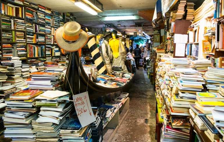 3 Days in Venice in November: Libreria Acqua Alta