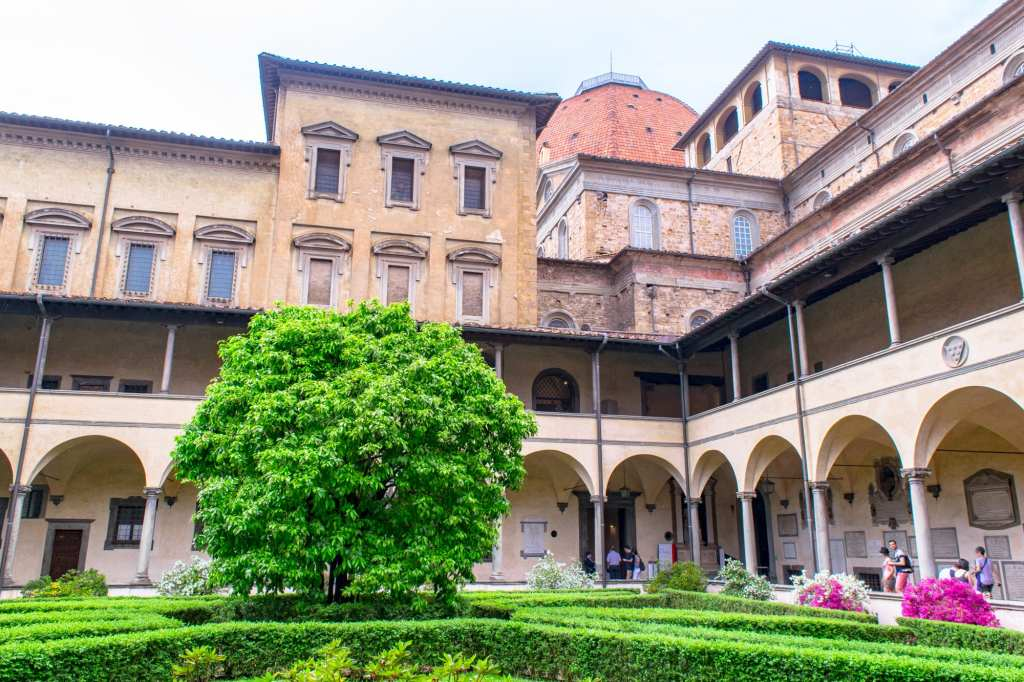 Fun Things to Do in Florence: Laurentain Library