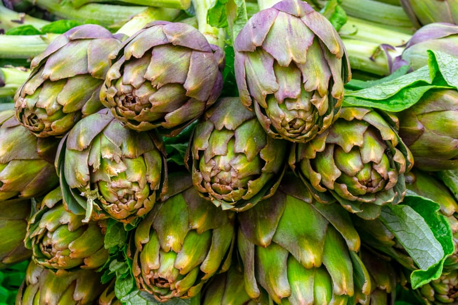 Artichokes in Testaccio Market, Winter in Rome Guide