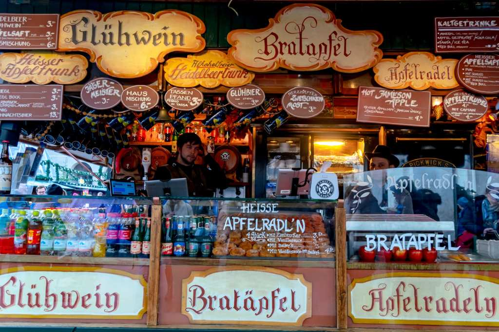 Salzburg in WInter: Christmas Market Booth