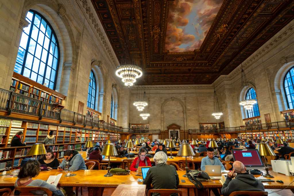 4 Day New York Itinerary: Rose Reading Room at New York Public Library