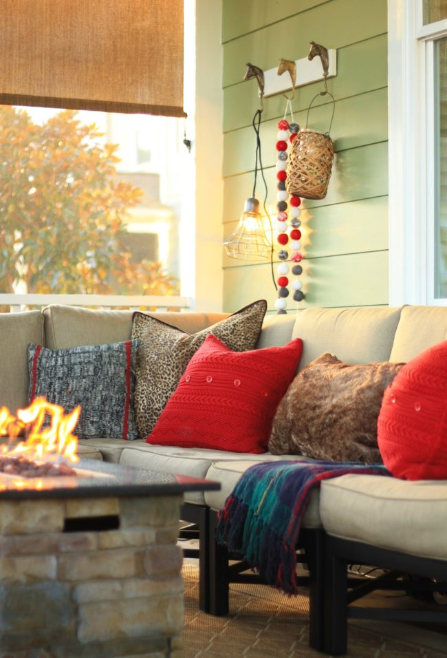 holiday screen porch