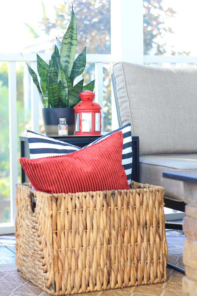 holiday porch styling