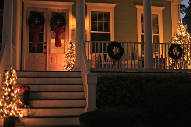 christmas lights front porch