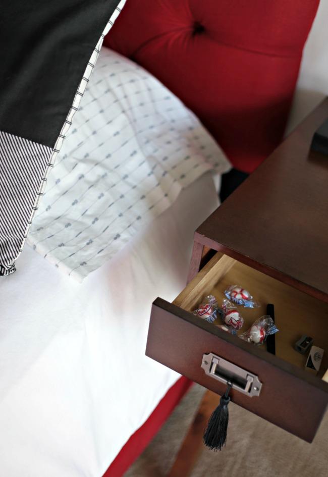 desk drawer mints
