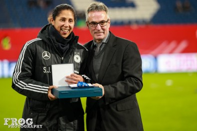 Steffi Jones is honored for her more than 100 appearances for Germany.