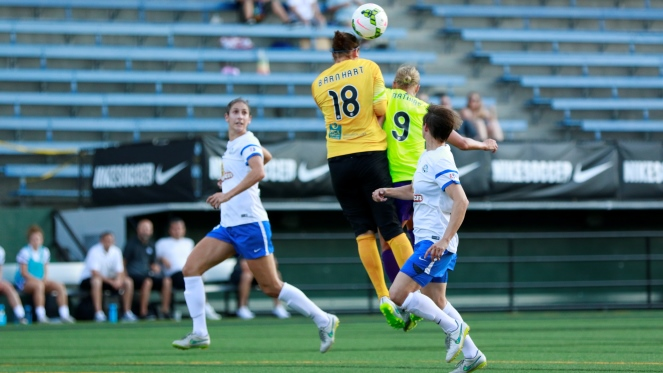 nicole barnhart of fc kansas city