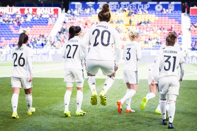 Germany warming up before a match against France during the 2017 SheBelieves Cup.