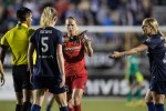 Sam Mewis and Amandine Henry may or may not be on the same page (Shane Lardinois).