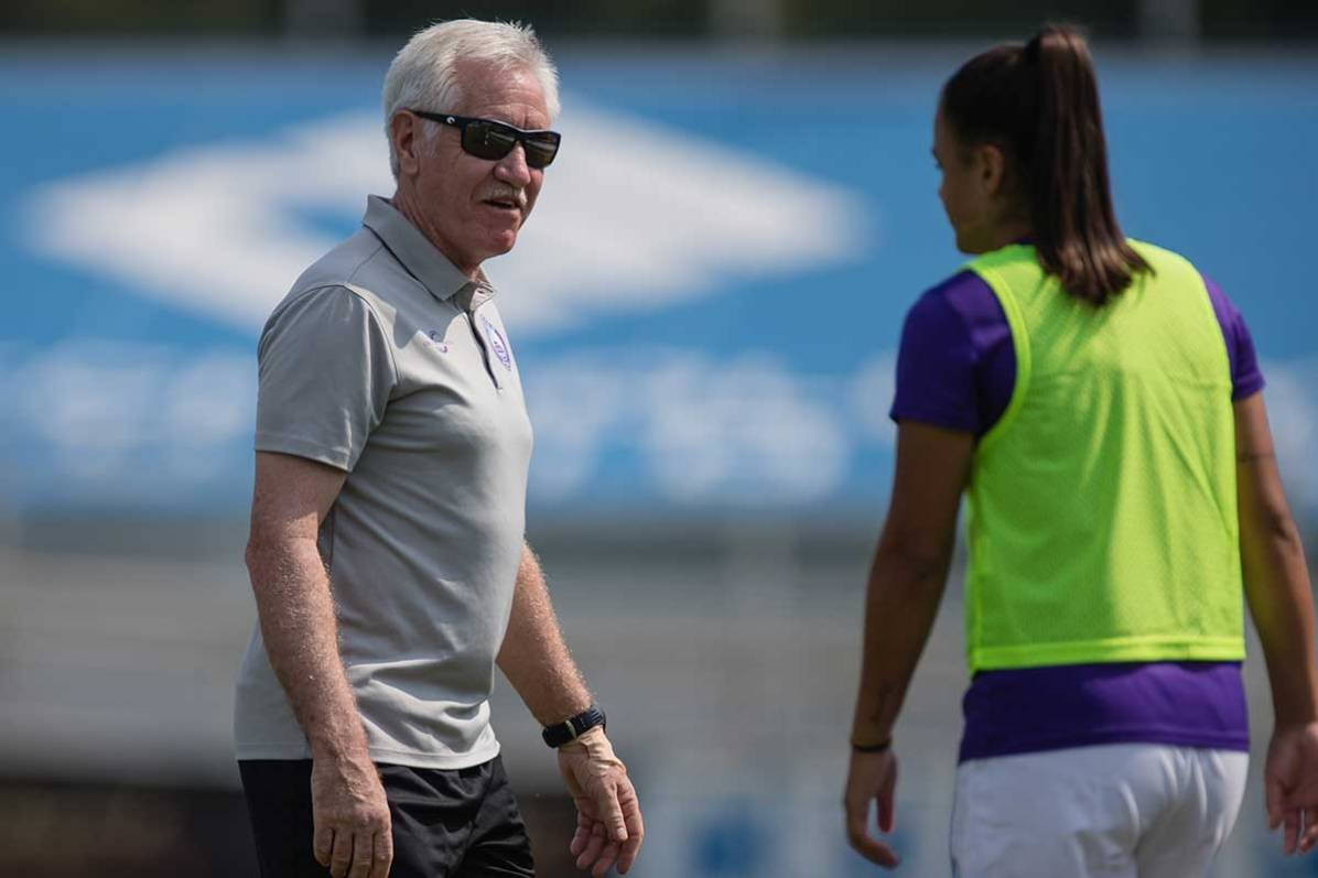 Orlando Pride head coach Tom Sermanni. (Shane Lardinois)