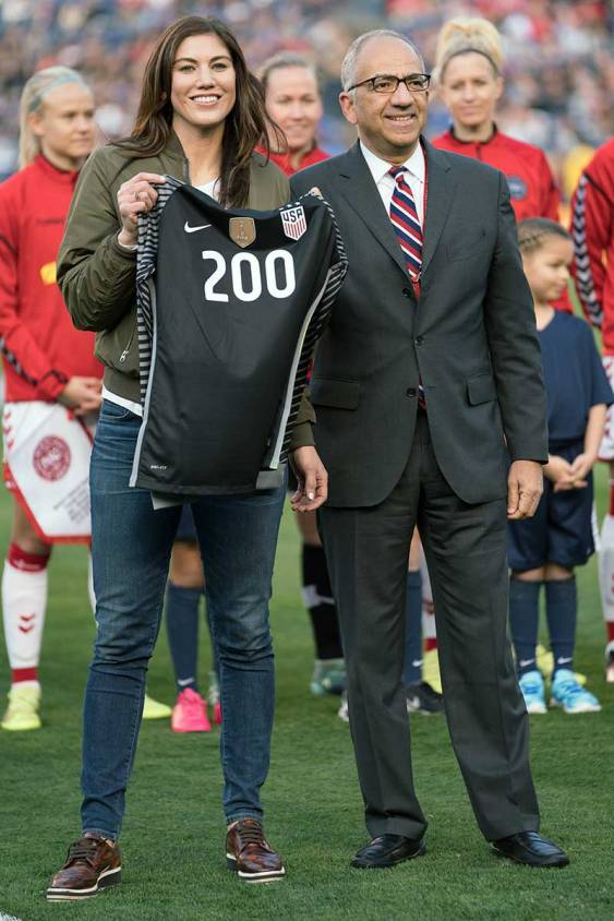 Hope Solo is honored for earning 200 caps before a friendly against Denmark on January 21, 2018. (Manette Gonzales)