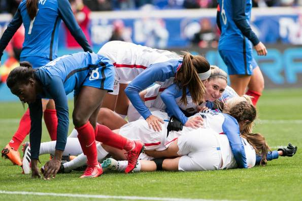 The U.S. Women's National Team celebrates after a goal at the 2018 SheBelieves Cup. We see you, too, Moe. (Monica Simoes)