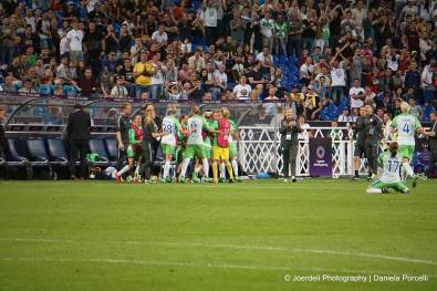 Wolfsburg celebrates Pernille Harder's goal in the 2018 Champions League final. (Daniela Porcelli)