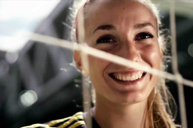 Kosovare Asllani behind a net, up close. (YouTube, Fox)