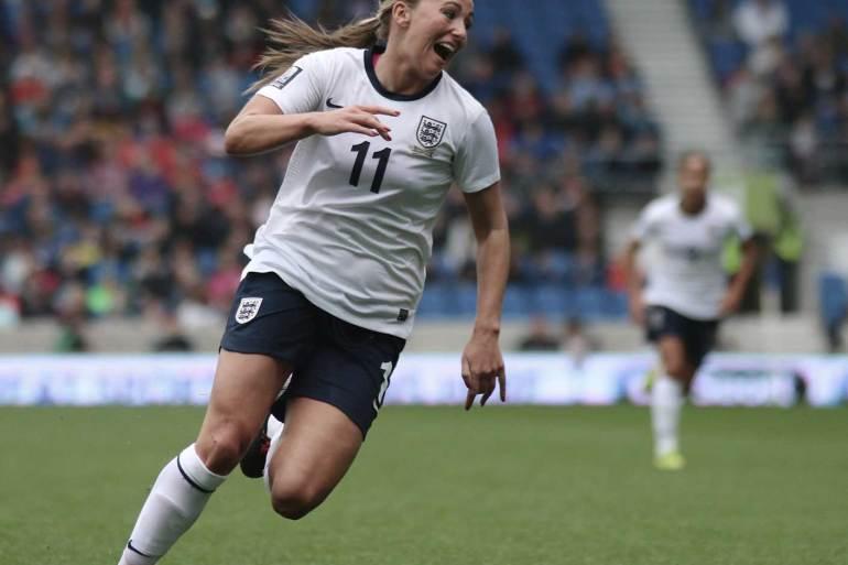 Toni Duggan for England (James Boyes, Flickr via WikiCommons).