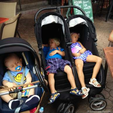 The Globetrotters are stroller connouisers - here with the Quinny Zapp and City Mini Double