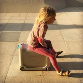 Bed Box by Jet Kids Product Review with Our Globetrotters