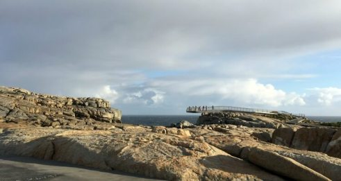 Viewing deck at the Gap in Tornidrrup National Park in Albany | Things to do in Albany Western Australia with Kids