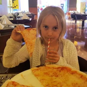 Dinner a at Cubo Restaurant Ibis World Trade Centre Dubai Family Review