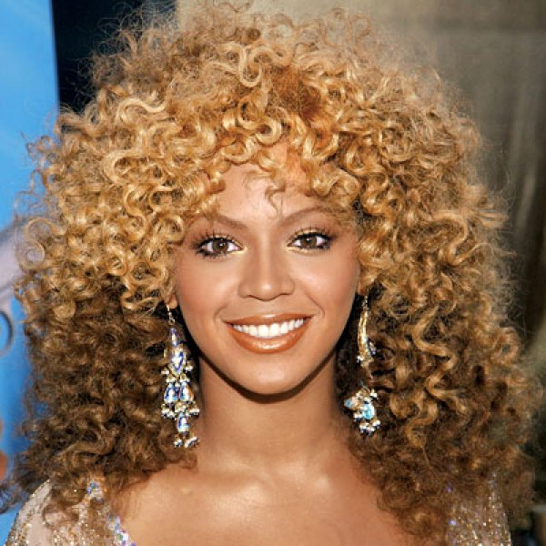 Beyonce Curly Hair in Austin Powers