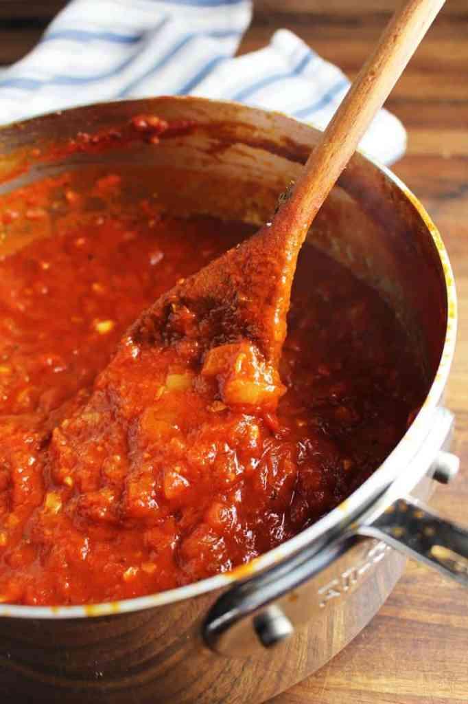 Cooked marinara sauce in a saucepan