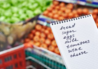 budget to save money with a meal plan