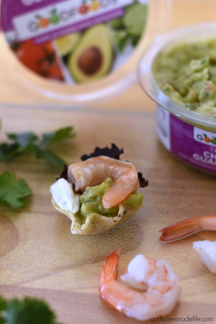 chuncky-tableside-guacole-shrimp-taco-bites