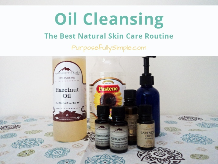 Find out how I keep my skin clear with a natural oil cleansing recipe. It keeps breakouts away and is non-toxic: Perfect for pregnancy, nursing, and beyond.